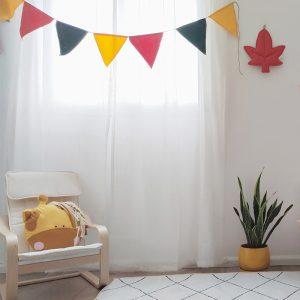 דגלונים צבעוניים לחדר ילדים טבע