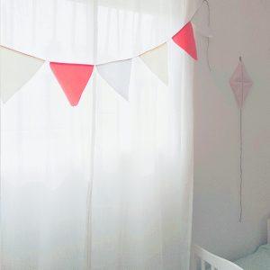 דגלונים לחדרי ילדים דגם מולי