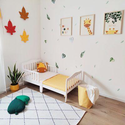 כריות נוי לחדרי ילדים - כרית עלה ירוק